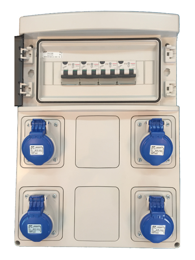Coffret caravane 4 prises p17 16a 2p t et 4 disjoncteurs for Norme ip44 exterieur